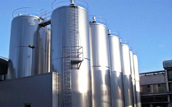 azzini Contenitori e miscelatori per liquidi alimentari