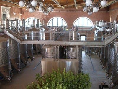 cisterne per vino azzini